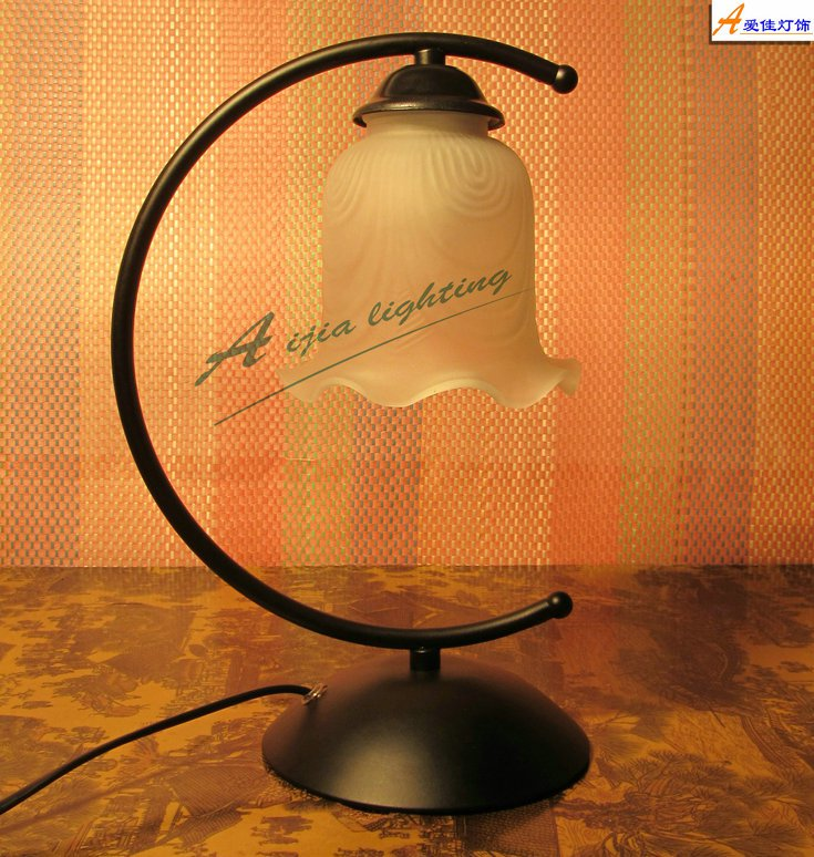 simpal design Retro Table Lamp 80211T