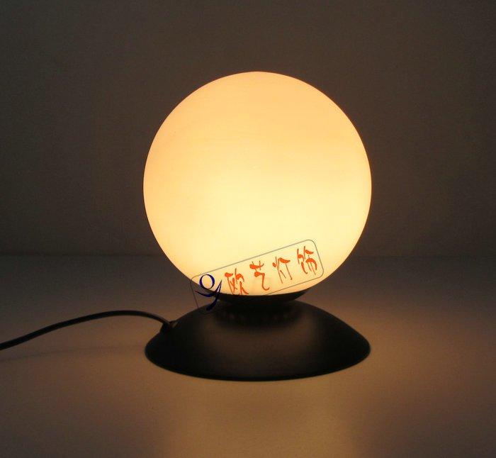 simpal design Retro Table Lamp 0081T