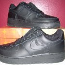 NIKE AIR FORCE ONE ALL BLACK LOW TOPS MENS SIZE 8