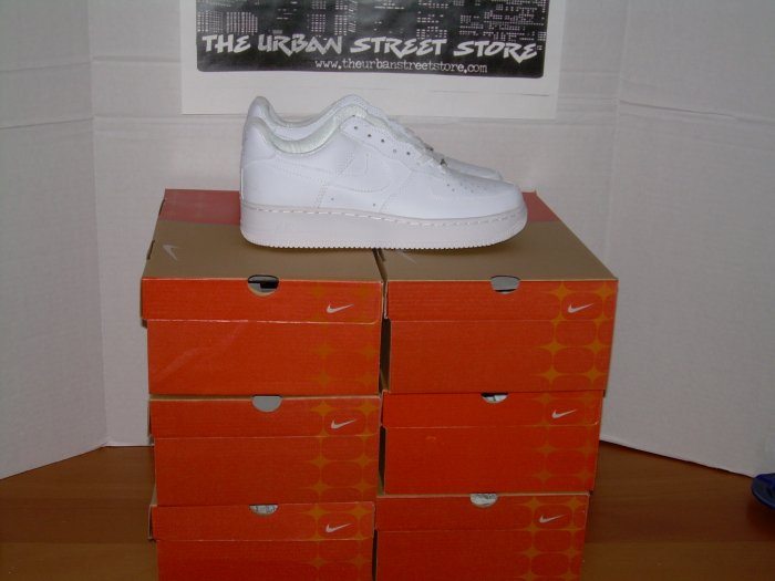 WHOLESALE SAMPLE LOT 6 PAIRS AF1 WHITE