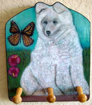 SAMOYED PUPPY & MONARCH BUTTERFLY DECORATIVE WOODEN KEY HOLDER. - Rack Holder