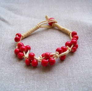 HANDMADE Porcelain beads bracelet red