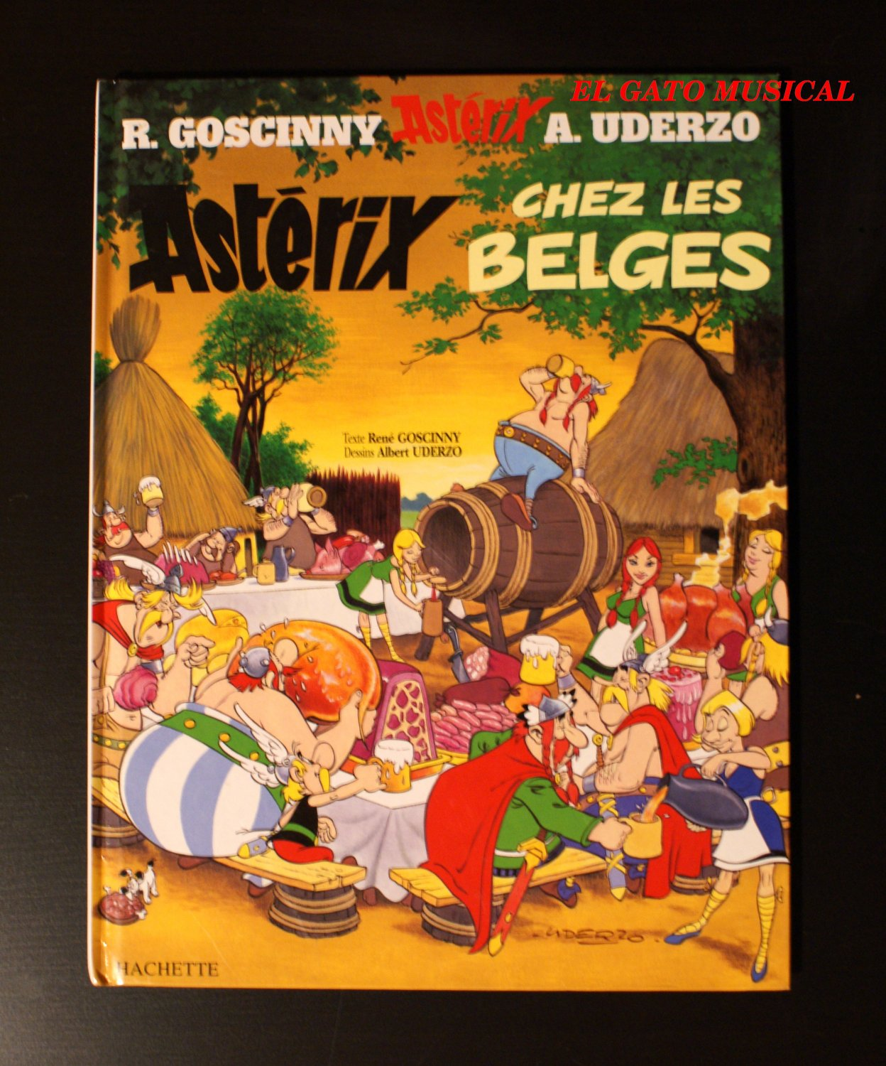 ASTERIX CHEZ LES BELGES - Goscinny / Uderzo - Comic Album in French - book #24