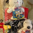 SDCC 2013 Peanuts Exculsive Sumo Snoopy Plush Set