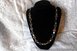 N105 Oriental Earth Necklace