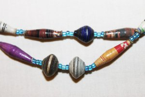 UGANDA PAPER BEADED NECKLACE HANDMADE - MIXED BEAD #04