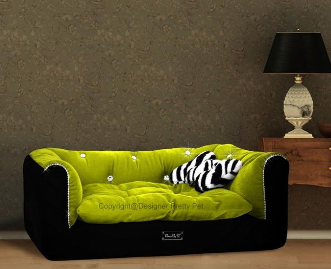 Dog Beds NEW!! Rectangular Green & Black Couch Bed