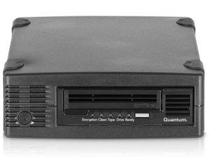 Quantum TC-L52BN-EZ - LTO5, EXT. Tape Drive, 1.5/3TB, HH Bundle