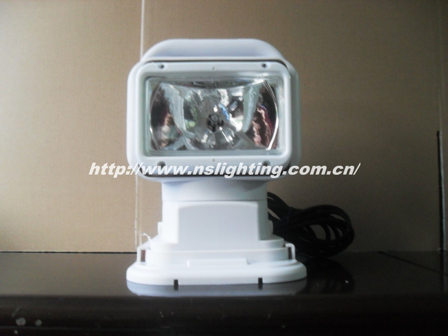 Hot Sale 12V 55W HID Search Light Waterproof/spot light/remote control search light