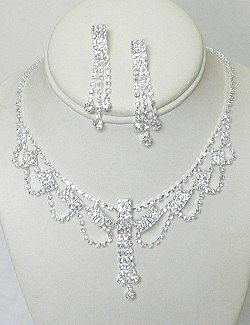RHINESTONE NECKLACE SET WITH SWAGS NKR622