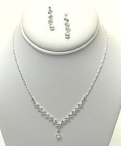 AB AND CLEAR DAINTY RHINESTONE SET NKR323