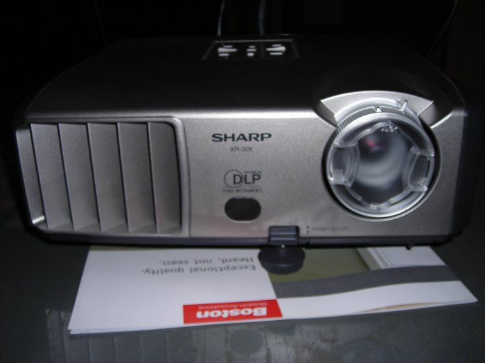 Rs 42500 Only 41 Hours Used Demo Sharp XR-30X XGA DLP Multimedia Home Theatre Projectors