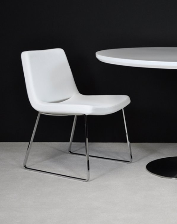 Nevada Flat Chair in Leatherette By BNT