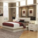 202990-92P White Jessica Queen Bed with Panels