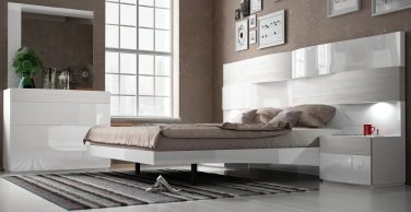Cordoba King Size 5pc Bedroom Set by ESF