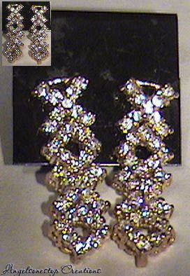 Stunning XOXO Earrings .... Mothers Day Must HAVES
