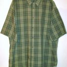 Puritan Button Shirt size Large green plaid short sleeve pocket men