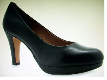 Clarks Pump Shoes 7.5 leather Black women new