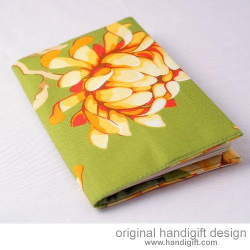 """""""Fresh Bloom"""" Passport Cover"""