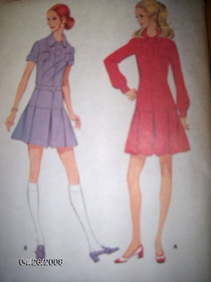 Vintage 1970s 2262 McCalls Pattern Dress, Size 10 Uncut
