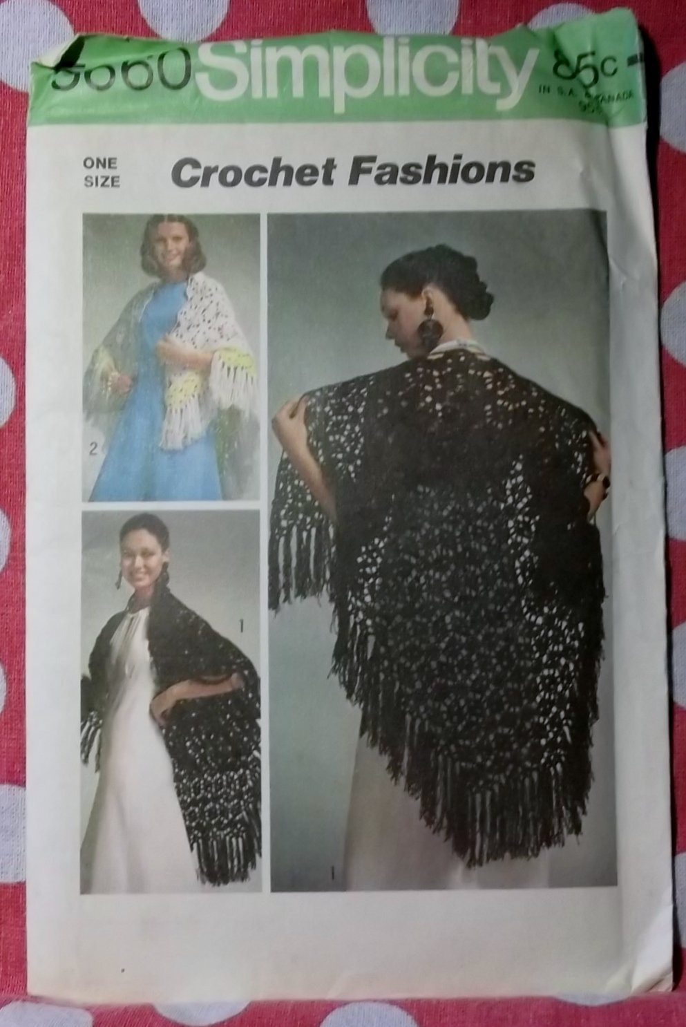 Vintage 70s Simplicity 5660 Crochet Shawl Instructions,  One Size