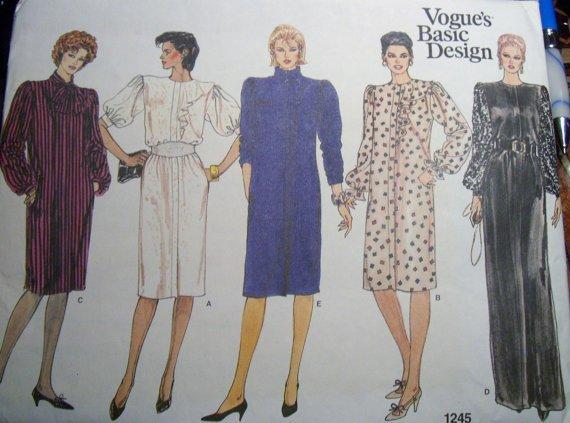 Vintage 70s Vogue 1245 Basic Besign Misses Dress or Gown Pattern, Size 14, 16, 18, Uncut