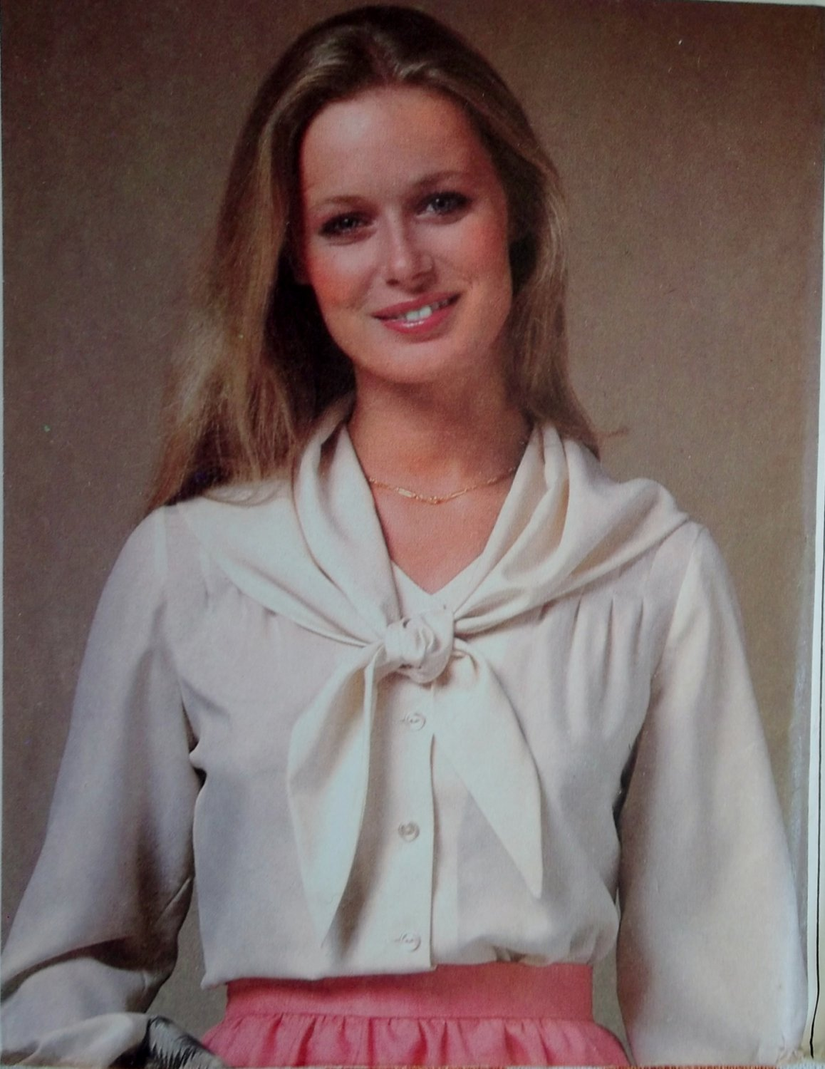 Simplicity 8468 Misses Tucked Blouse and Scarf Sewing Pattern, Sizes 12 14 16, Uncut