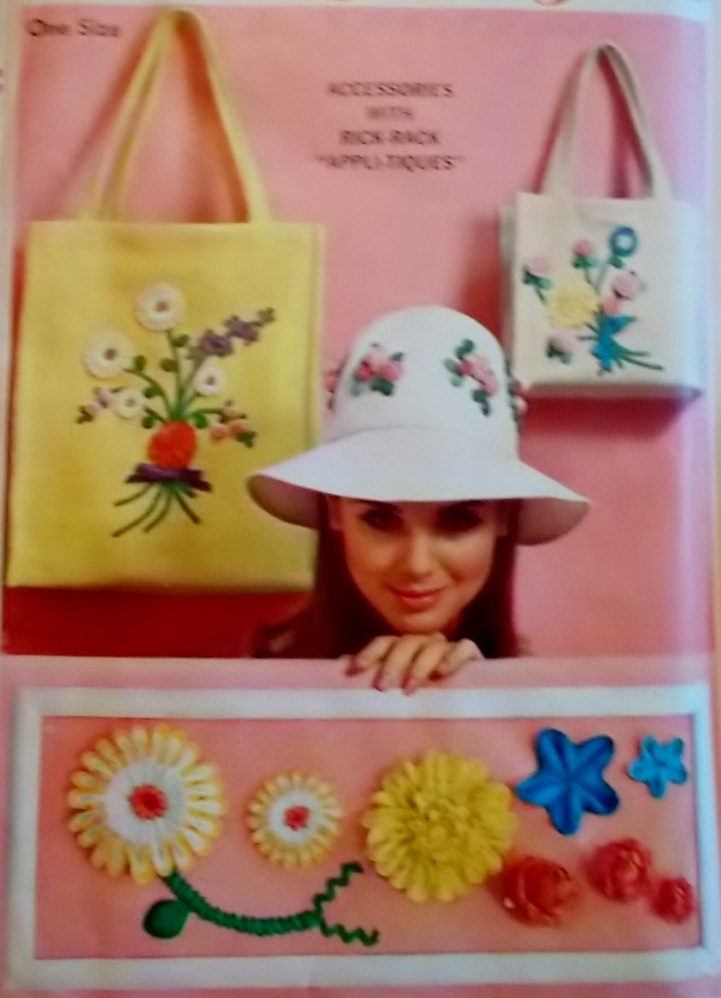 Vintage Bag in Two Sizes and Hat Simplicity 6430 Pattern, Uncut