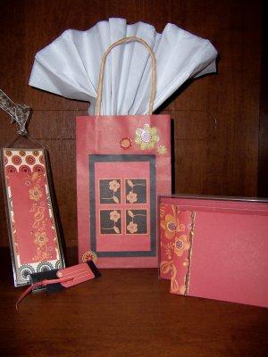 Flora/Fauna Red Gift Set - FREE shipping!
