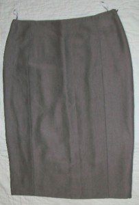 NWT NINA RICCI Slim Silk Pencil Taupe Skirt 38 6 $1250