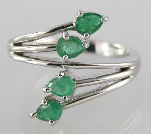 0.85 ct Emerald Sterling Silver Diamond Ring US sz 6.75