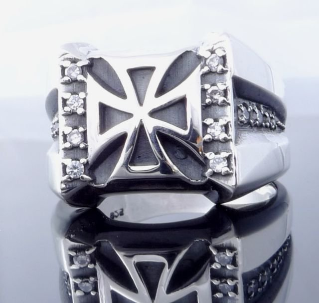 MALTESE IRON CROSS 925 SILVER ZIRCONIA LORD OF KINGS CHOPPER RING US SZ 7 TO 15