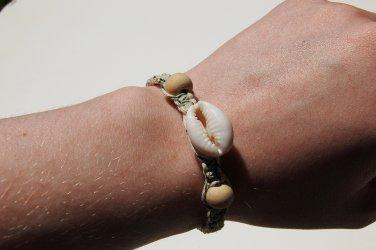 Cowrie Shell Green Macrame Bracelet 159-160