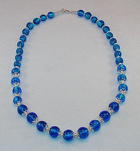 BEAUTIFUL GRADUATED BLUE FOIL BEAD NECKLACE