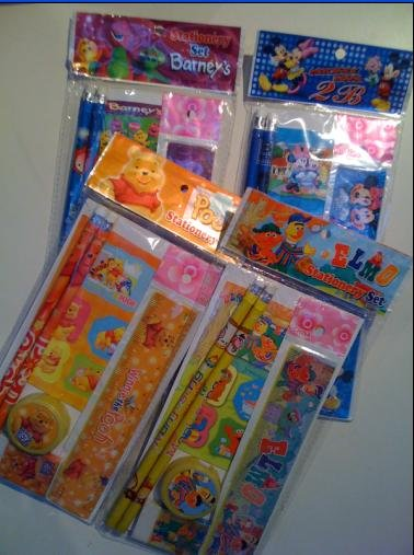 DISNEY ASSORTED STATIONERY SET X 500