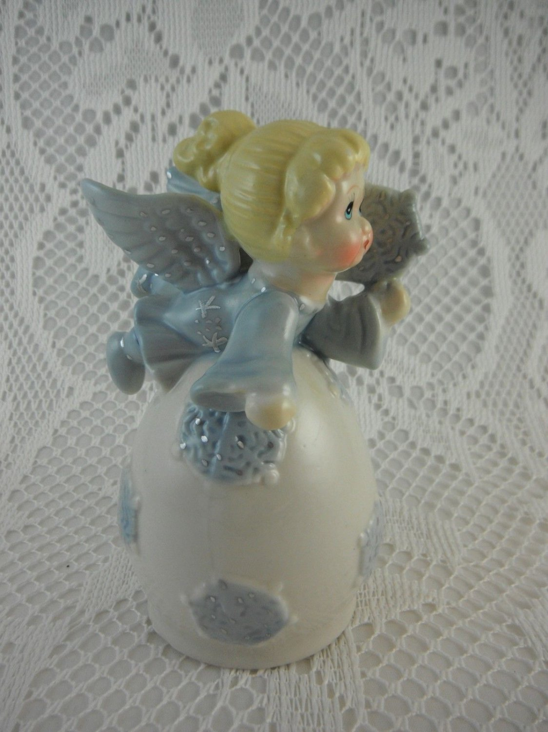 Ceramic Angel Bell Flying and Disbursing Snowflakes Cheerful Colors tblyn1