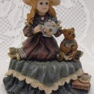 Boyds Collection Little Girl and Teddy Bear Music Box Tune Tea for Two Cute BS2