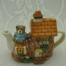 Ceramic Tiny Teddy Bears Teapot Little House Tea Time Delicate Elegance tblvl1