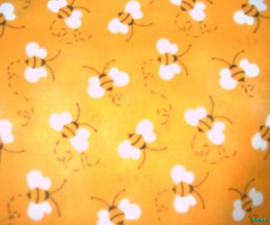 MadieBs Cute Yelllow Bees Crib/Toddler Bed Sheet Set