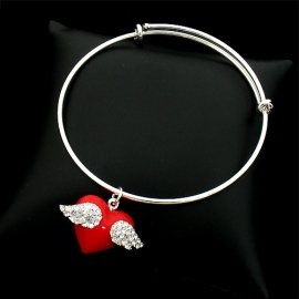 Lovely Angel Wing on Wire Bangle