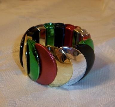 Vintage Design  Plastic Stretch Bracelet  Bangle Multi- color