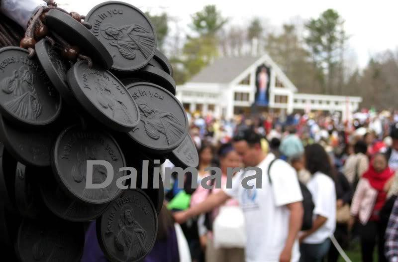 QP4 Divine Mercy Quantum Pendant Medal Blessed from Nat'l Shrine of Divine Mercy