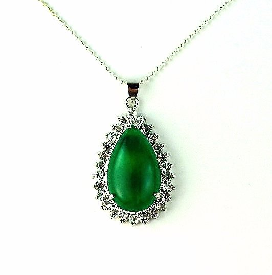 QP48 Strength Loyalty Water Drop Green Jade Quantum Pendant