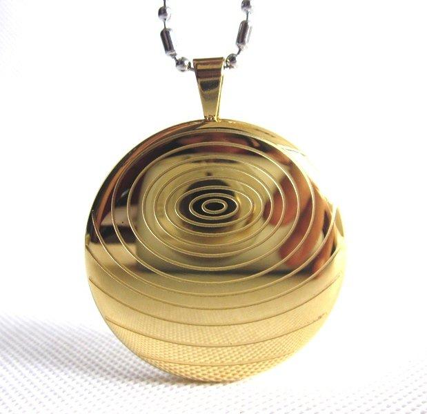 Q17 Quantum Pendant Titanium/Gold Energy Necklace w/ FIR, Germanium, Tourmaline
