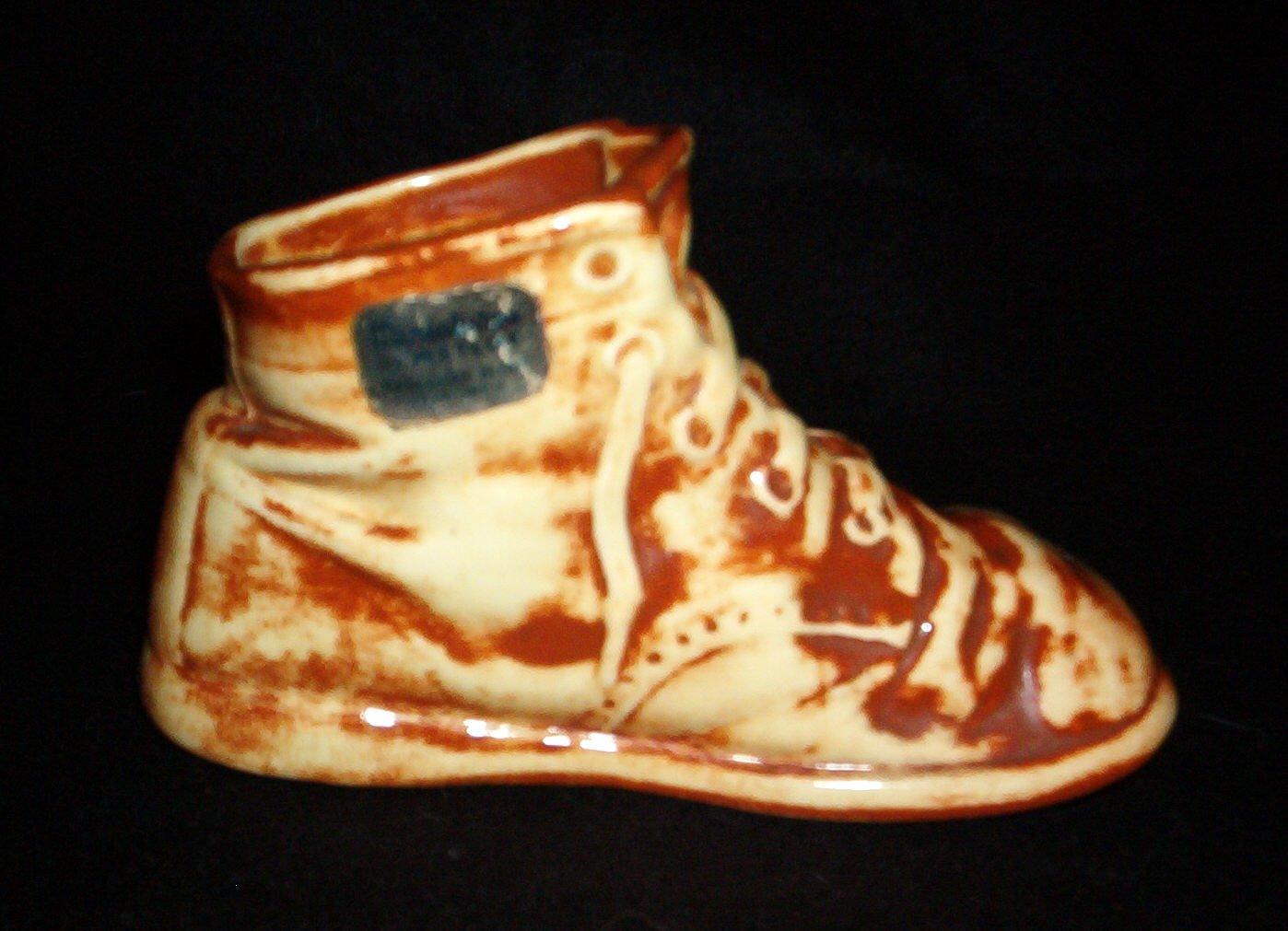 Miniature Metlox Pottery Shoe Boot Rare Disney Dwarf