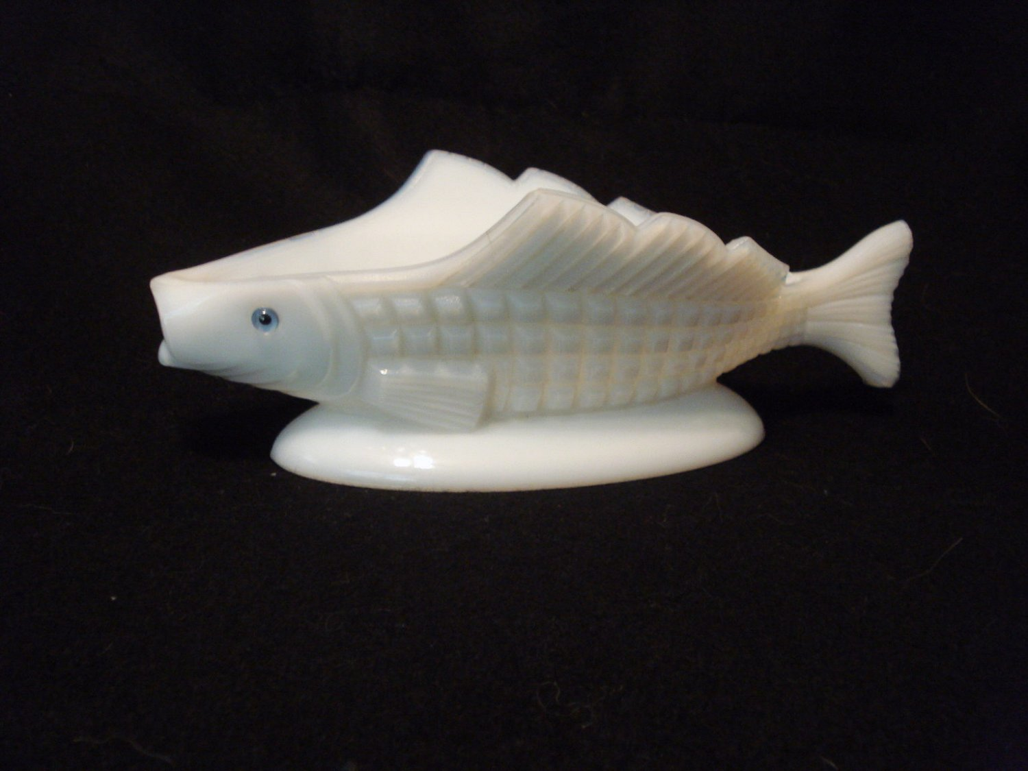 Milk Glass Waffle Fish Pickle Dish Challinor Taylor