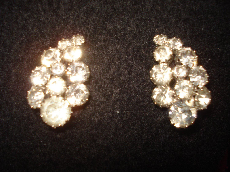 """Weiss Clip on Rhinestone Cluster Vintage Earrings, Beautiful Pair 1-1/8"""" Long"""
