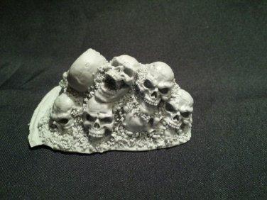 (LW)Mound of Skulls