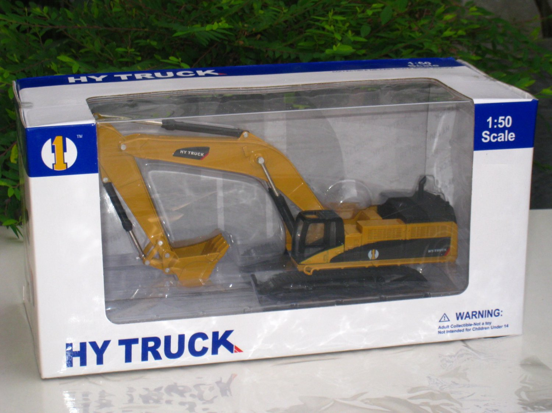 HY Truck 1/50 Crawler Excavator Construction Vehicle Diecast