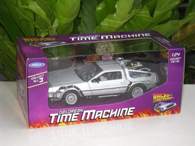 Welly  1/24 Diecast Car Model Delorean Time Machine Back To The Future I
